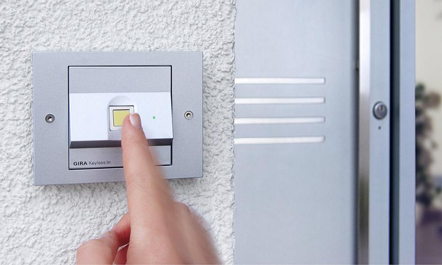 Sicherheit an Türen - per Fingerdruck